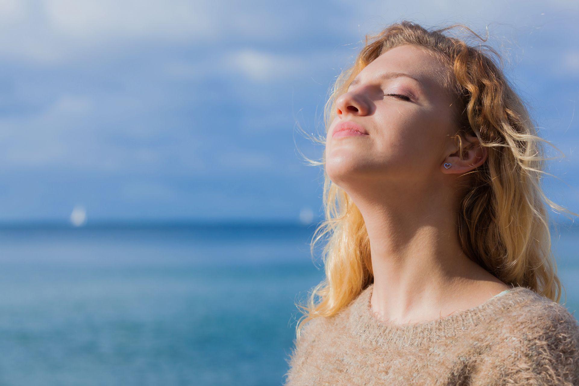 La carence en vitamine D : l'exposition insuffisante à la lumière du soleil
