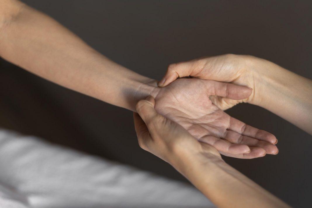 Principaux avantages de la réflexologie des mains