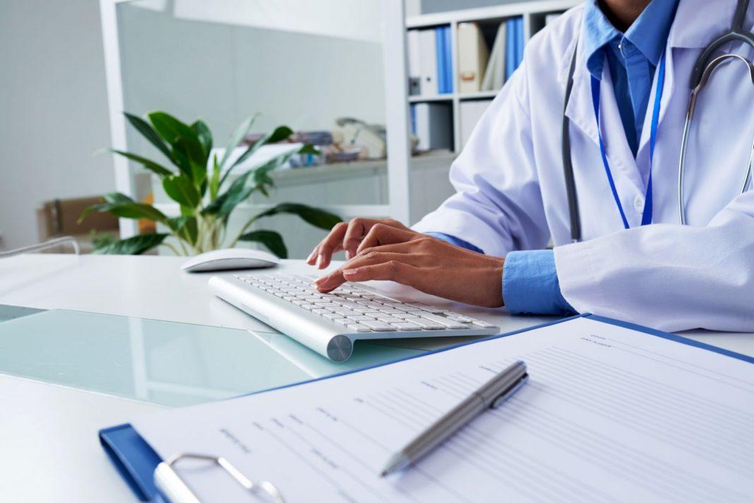 Pourquoi il est préférable d'utiliser des eCRF pour les essais cliniques